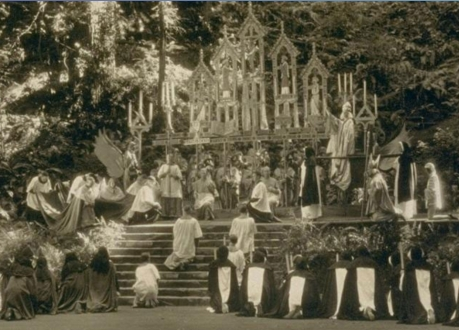 Bohemian_Grove_Black_Mass_Crop