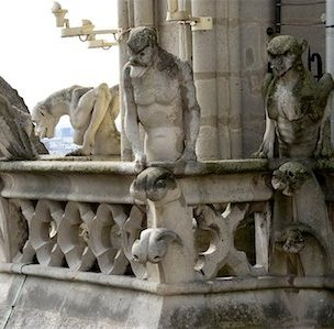 610-03810142 © Masterfile Royalty-Free Model Release: No Property Release: No France, Paris (75), Ile de France, gargoyles of Notre Dame